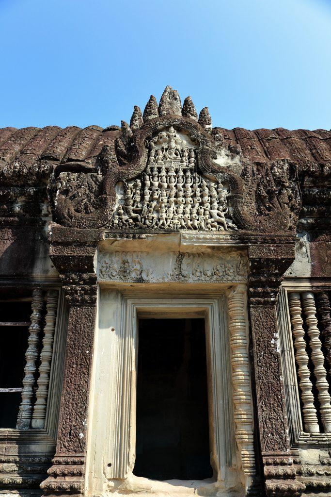 Angkow Wat door