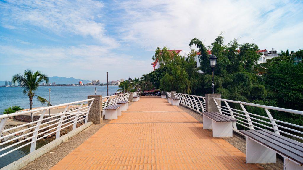 Cuale River Bridge