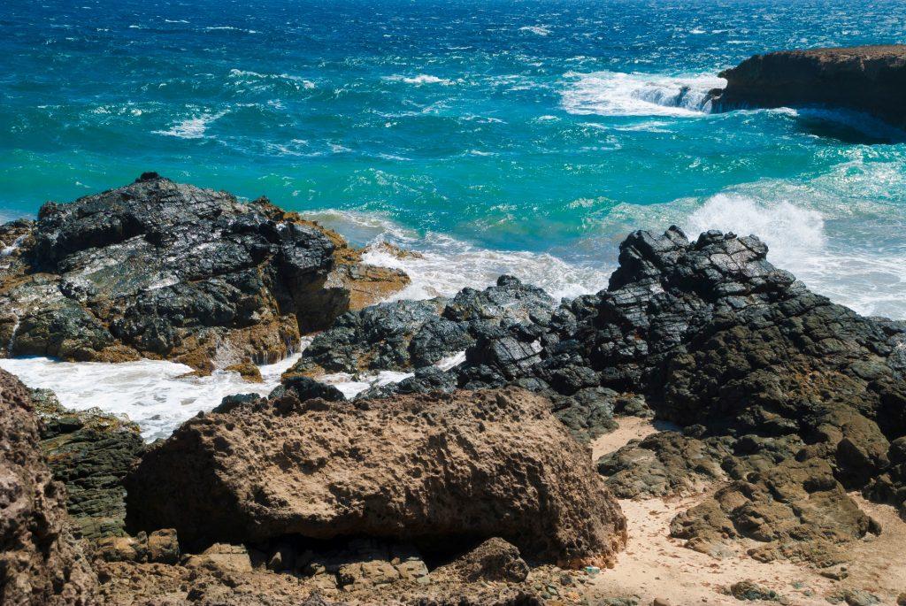 Top Things to do in Aruba - visit Arikok