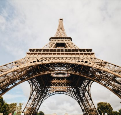 360-tour-Eiffel-Tower-in-Paris