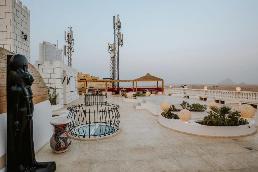 Desert-Moon-Hotels-Cairo-pyramid-view