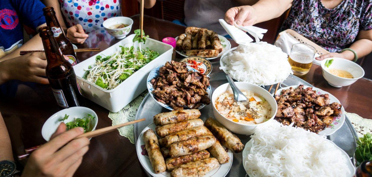 vietnam famous restaurant where to eat in vietnam